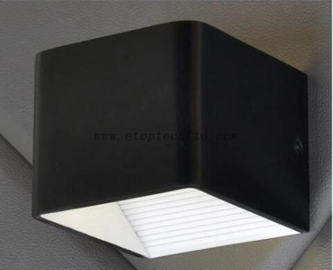 Wall Lamp Model No HMB5129 Offer Customized Lights